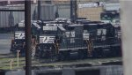 NS RP-E4C Slug 712 and GP40-2 3098